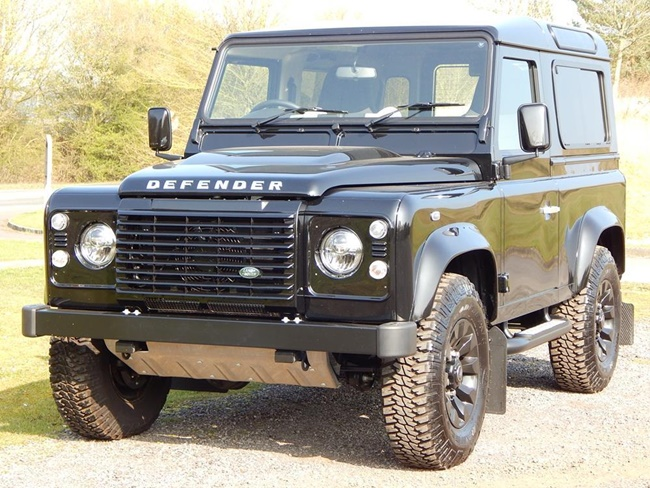 land-rover-defender-td-autobiography-station-wagon-S3335371-2.jpg
